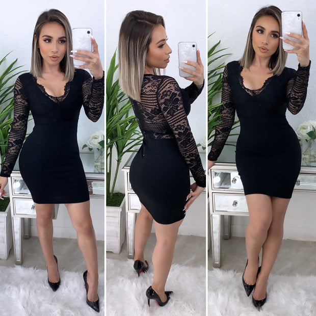 Somebody To Love Lace Dress (Black)