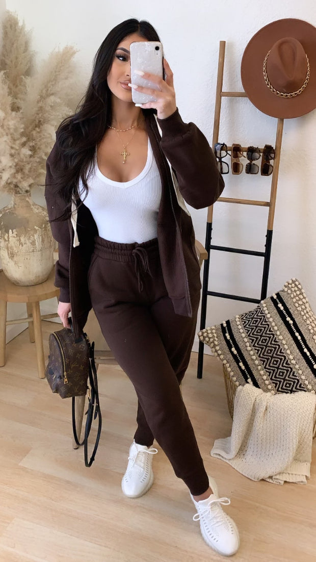 At Home 2PC Set (Brown)