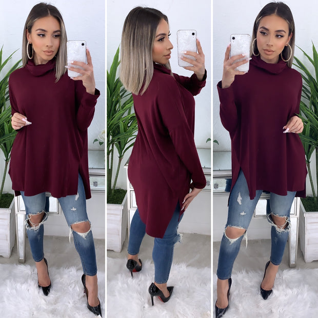 Tara Turtleneck Top (Burgundy)