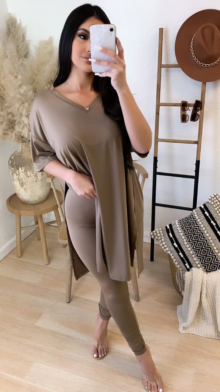 Right On Time 2PC Set (Taupe)