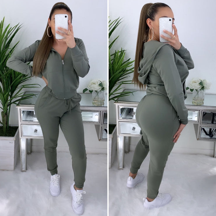 Trust Nobody 2PC Set (Olive)