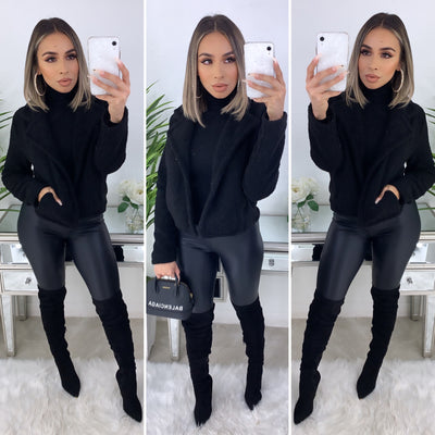 Feeling Warm Teddy Jacket (Black)