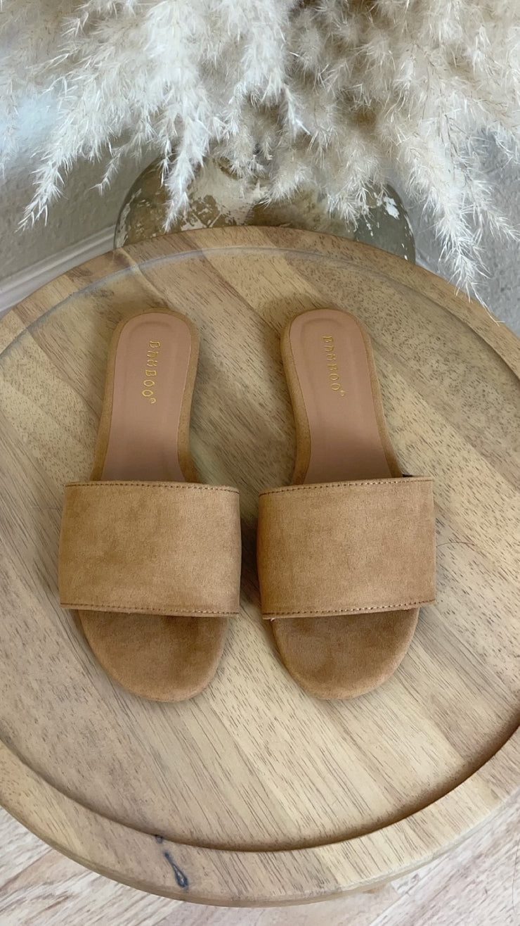 Vacation Suede Slip In Sandal (Camel)