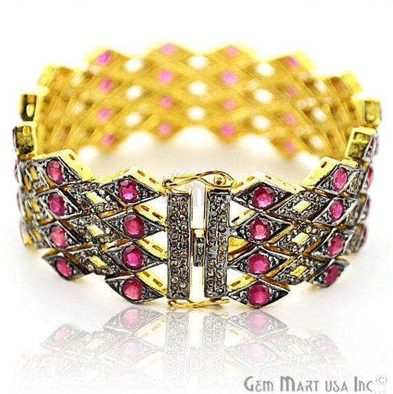 Victorian Estate Bracelet, 20.13 cts Ruby, With 4.70 cts of Diamond as Accent Stone (DR-12177)