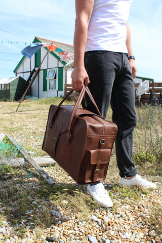 """VINTAGE CHILD """"OXLEY"""" LEATHER WEEKEND BAG"""