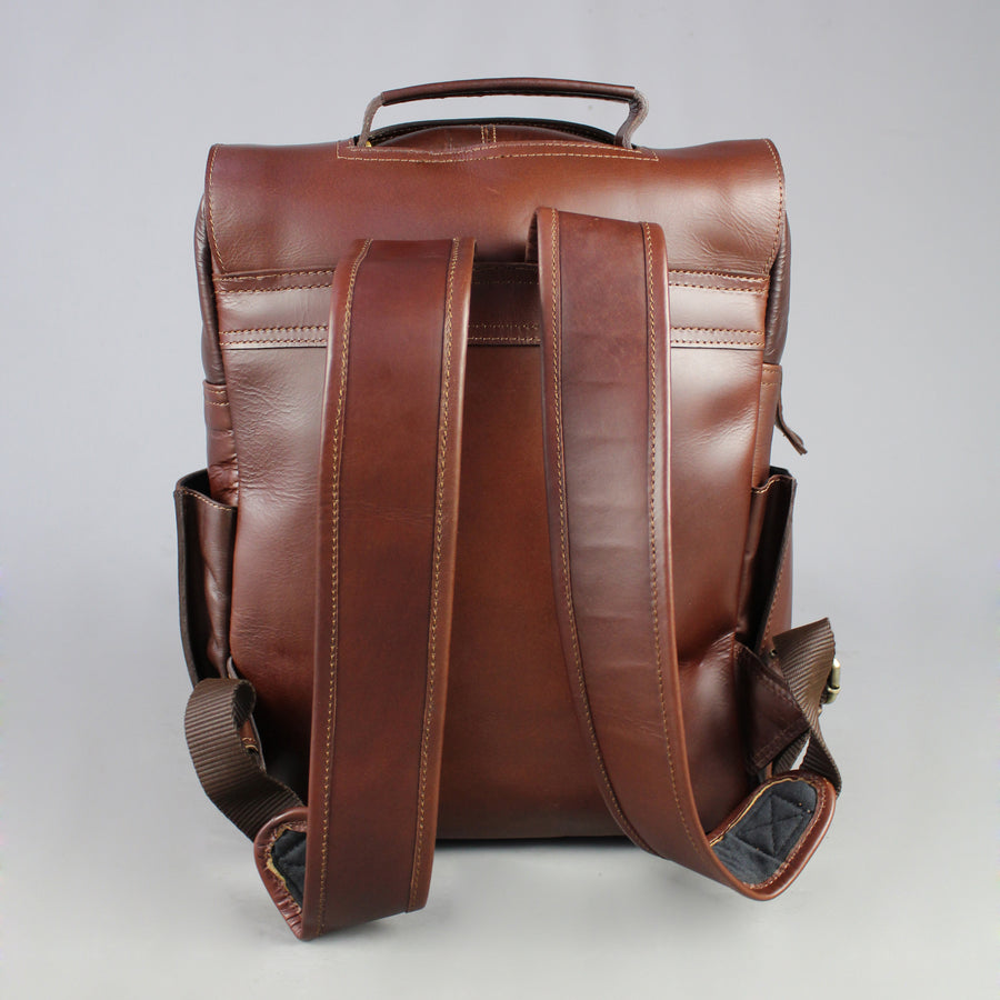 kingsley-eco-friendly-leather-laptop-bag