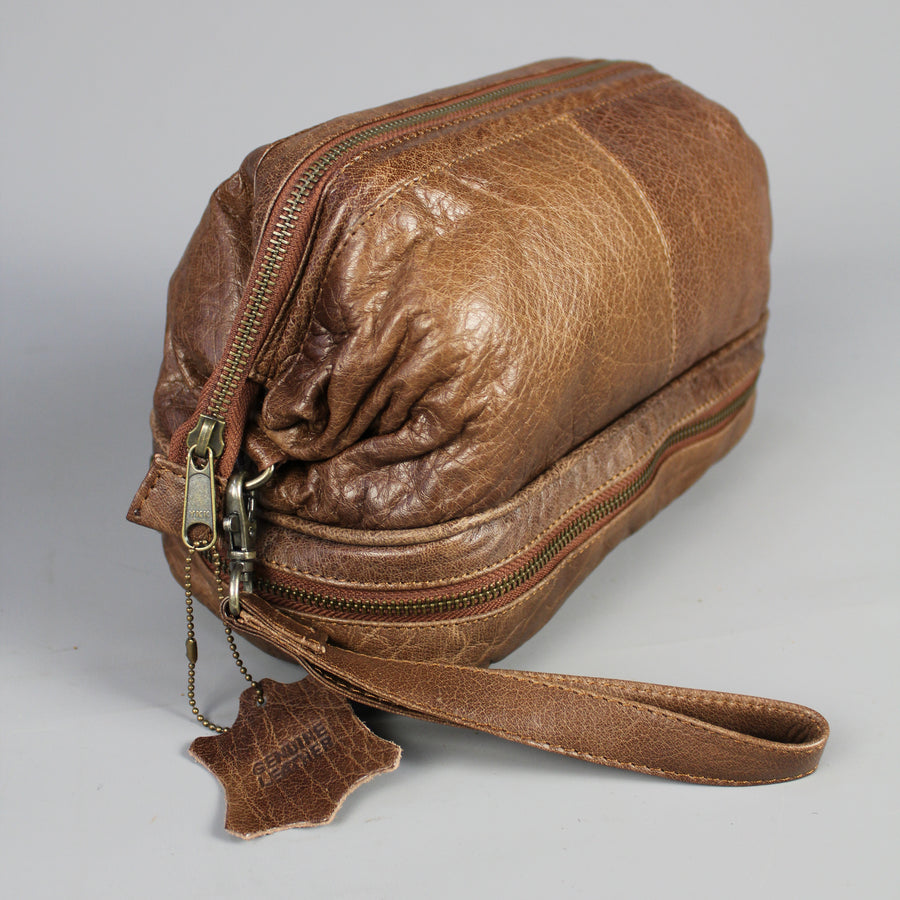 leather-large-leather-wash-bag-holdall