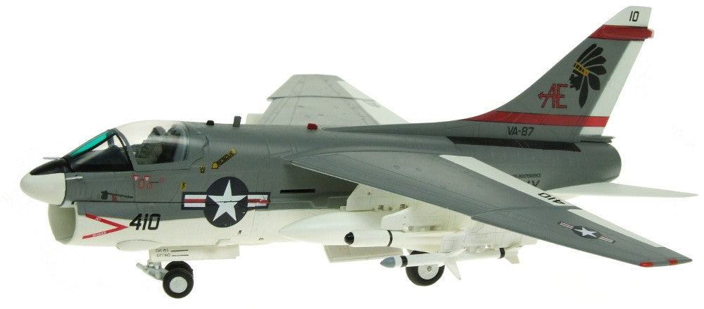 Witty Wings 1/72 A-7E U.S.Navy VA-87 Golden Warriors Diecast Military Aircraft Model (WTW-72-024-003)