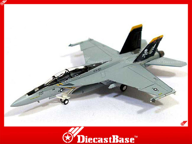 Hogan Wings Model 6207 1/200 F/A-18F US Navy VFA-103 Jolly Rogers AG200 1:200 M-Series Diecast Military Aircraft Model