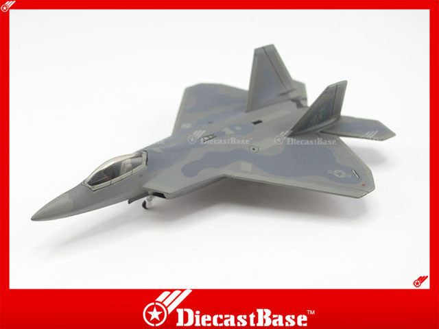 Hogan Wings Model 6818 1/200 F-22A USAF 525th FS 3rd FW Elmendorf AFB AK 122 1:200 M-Series Diecast Military Aircraft Model