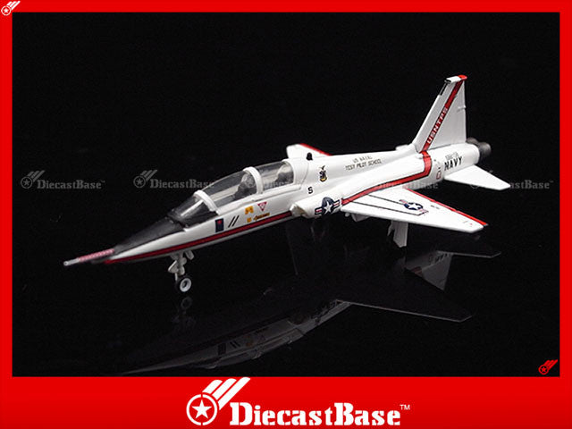 Hogan Wings Model 7310 1/200 T-38C US Navy NAS Patuxent River MD US Naval Test Pilot School USNTPS 1:200 M-Series Diecast Military Aircraft Model