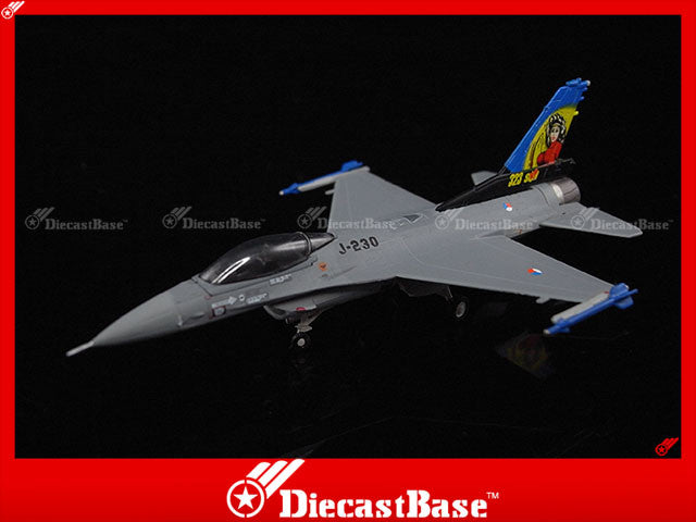 Hogan Wings Model 7532 1/200 F-16A Blk 15 Royal Netherlands Air Force, 323rd Squadron, J-230 Dirty Diana (censor) 1:200 M-Series Diecast Military Aircraft Model