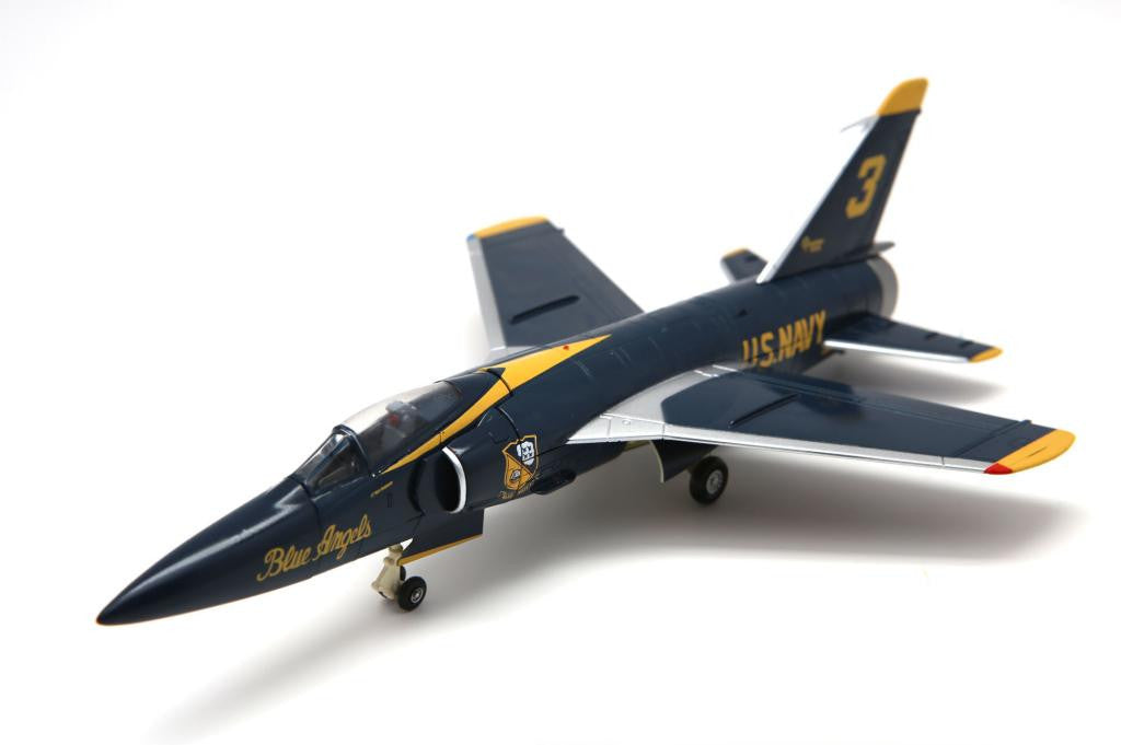 FA728006 FALCON MODELS F11F-1 US Navy #3 aircraft 141850 Blue Angels 1964-65 Diecast Military 1:72