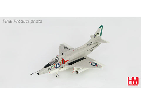 Hobby Master HA1427 1/72 Douglas A-4C Skyhawk MIG-17 Killer BuNo 148609 VA-76 USS Bon Homme Richard 1st May 1967 Diecast Model Military Aircraft