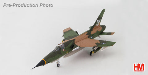 HOBBYMASTER HA2514 1/72 F-105 F-105D Thunderchief 62-4360 IRON DUKE 354th TFS/355th TFW Takhli RTAFB Thailand May 1970 comes with 2 x MK118 3,000lb bombs Military Jet