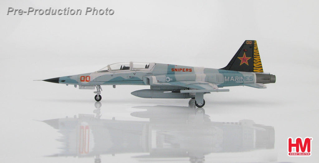 "HOBBYMASTER HA3324 1/72 F-5 Northrop F-5F Tiger II 761586 ""25th Anniversary VMFT-401 ""Snipers"" MCAS Yuma, Arizona Aug 2011 Military Jet Diecast"
