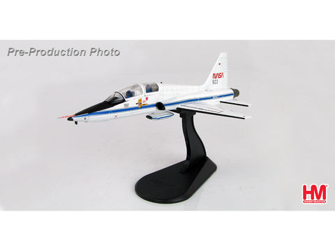 Hobby Master HA5401 1/72 T-38A Talon Chase Plane N923NA STS-3 Mission for Space Shuttle Columbia New Mexico USA 30th Mar 1982 Diecast Model Military Aircraft