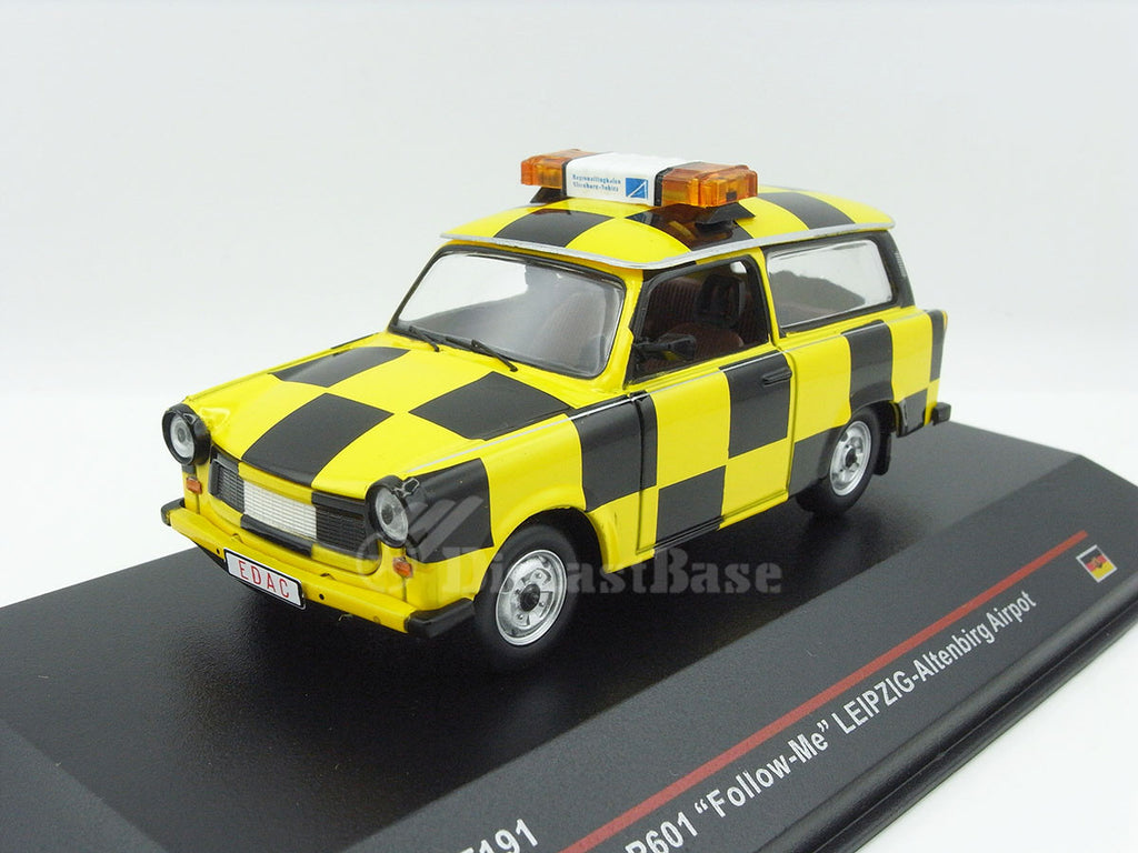 1/43 Trabant P601 IST IST191  ~ top view ~ taken by DiecastBase
