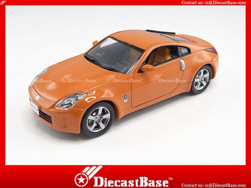 J-Collection JC137 Nissan 350Z Face Lift 2007 Passionate Orange 1/43
