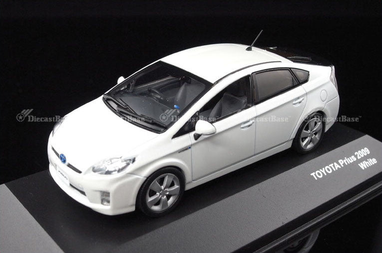 Toyota Prius Silber 2009-2016 3 Generation 1//43 J-collection Modell Auto Modell