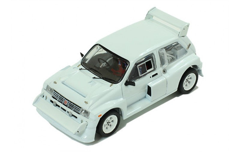 IXO MDCS015 1/43 MG Metro 6R4 1985 Rally Spec All White (2 set of wheels and tyres) Diecast Model Racing Car