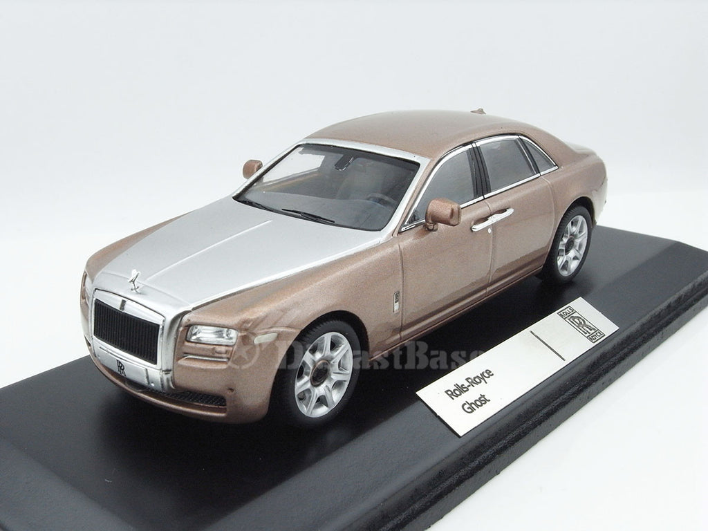 IXO MOC169 1/43 Rolls-Royce Ghost 2009 Metallic Palrose & Silver Diecast Model Road Car