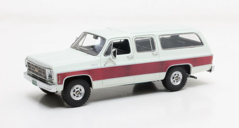 Matrix MX20302-371 1/43 Chevrolet Suburban K10 white 1978 Matrix Scale Models Resin Model Road Car