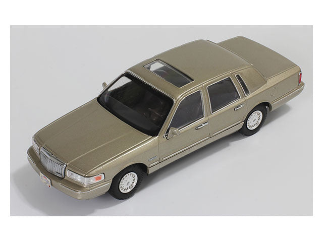 1/43 Lincoln Town Car Premium X PRD102  ~ top view ~ taken by DiecastBase