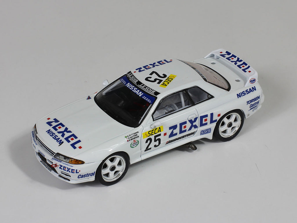 1/43 Nissan Skyline R32 GTR Premium X PRD336  ~ top view ~ taken by DiecastBase
