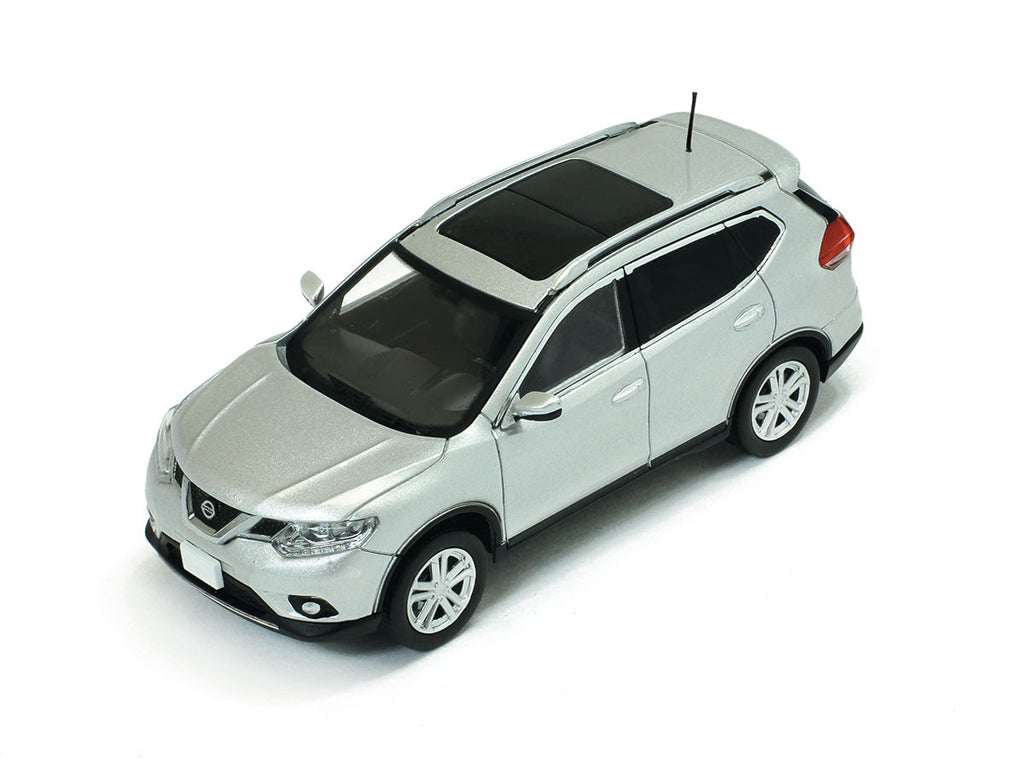 1/43 Nissan X-Trail Premium X PRD418  ~ top view ~ taken by DiecastBase
