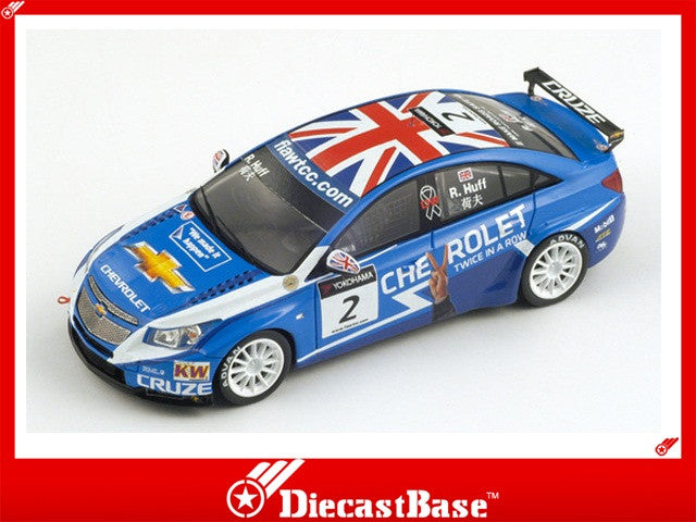 Spark S2498 1/43 Chevrolet Cruze 1.6T No.2 FIA World Touring Car Championship WTCC Macau 2011 Robert Huff 1:43 Diecast Model Racing Car