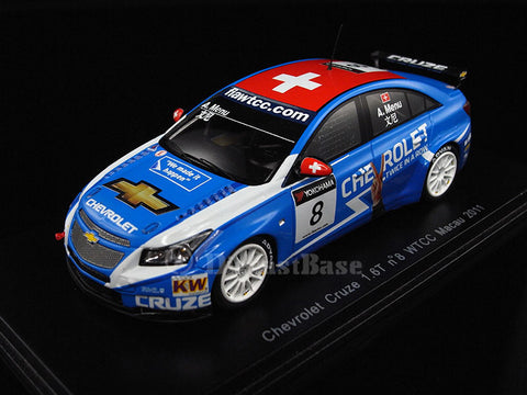 Spark S2499 1/43 Chevrolet Cruze 1.6T No.8 FIA World Touring Car Championship WTCC Macau 2011 Alain Menu Resin Model Racing Car