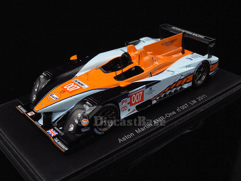 Spark S2536 1/43 Aston Matin AMR-One No.007 24 Hours of Le Mans 2011 LMP1 Class Aston Martin Racing Team Stefan Mücke - Darren Turner - Christian Klien Diecast Model LM Racing Car