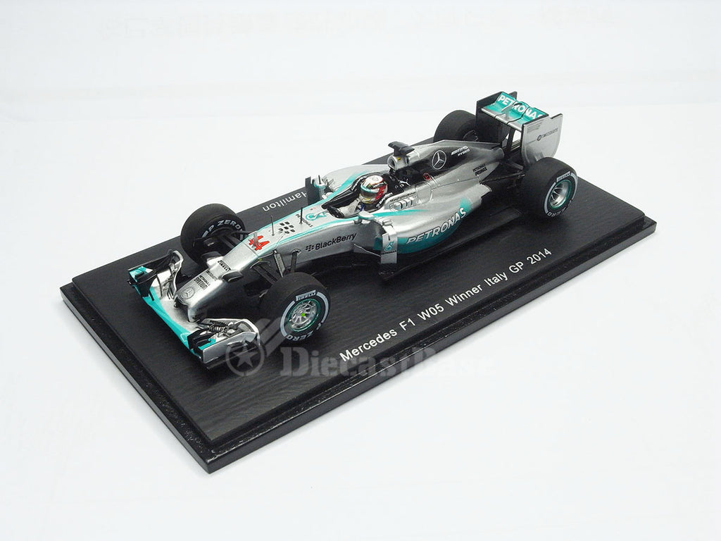 1/43 Mercedes F1 W05 Hybrid Spark S3141  ~ top view ~ taken by DiecastBase