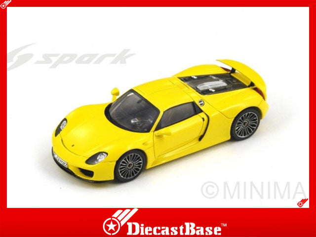 1/43 Porsche 918 Spyder Spark S4198  ~ top view ~ taken by DiecastBase