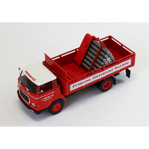 IXO TRU015 1/43 Unic Auteuil 1963 Gas Transporter (Antargaz) Diecast Model Road Car