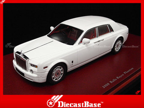 TSM TSM114324 1/43 Rolls-Royce Phantom Seden 2009 English White TrueScale Miniatures Model Resin Road Car