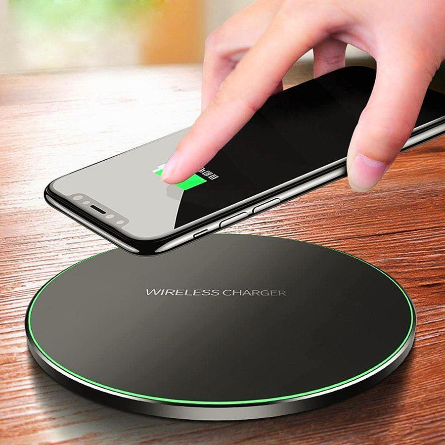 Fast Mobile Wireless Charger Dock For iPhone And Android