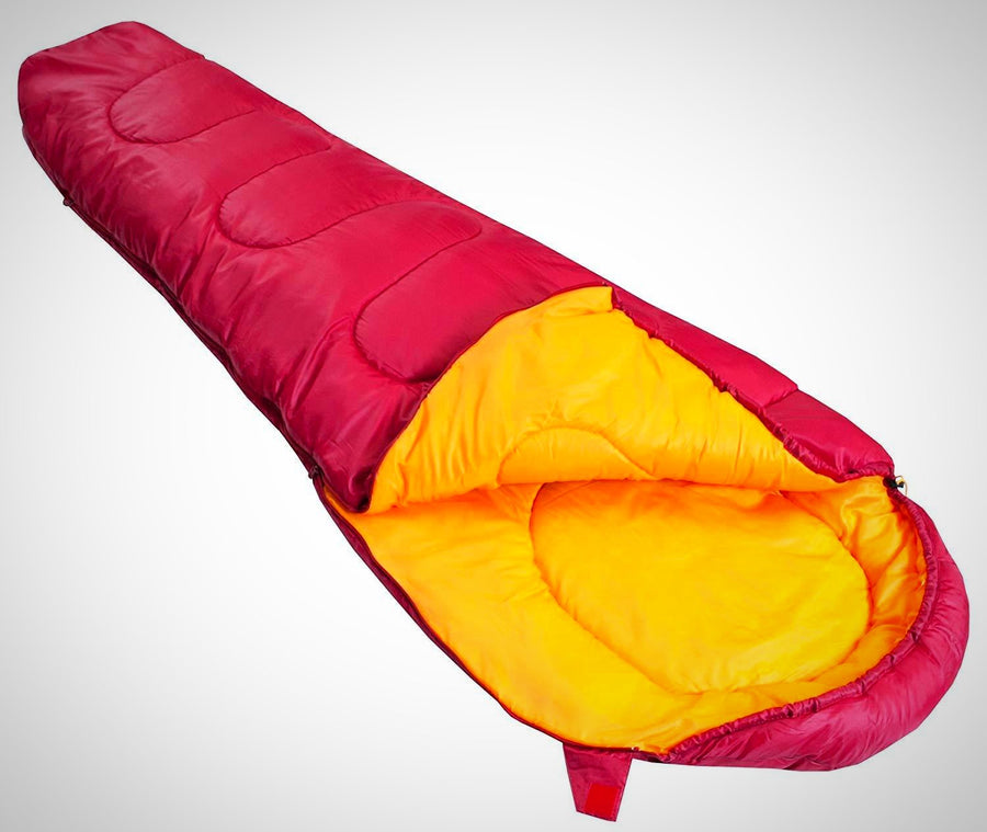 Vango Saturn Outdoor Sleeping Bag available in Raspberry - Size 210 x 80 cm
