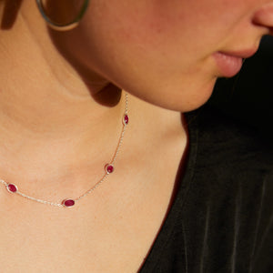 Hepburn Necklace in Silver with Ruby