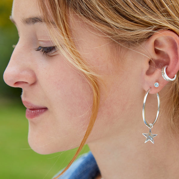 Hera Hoop Star Earring in Silver