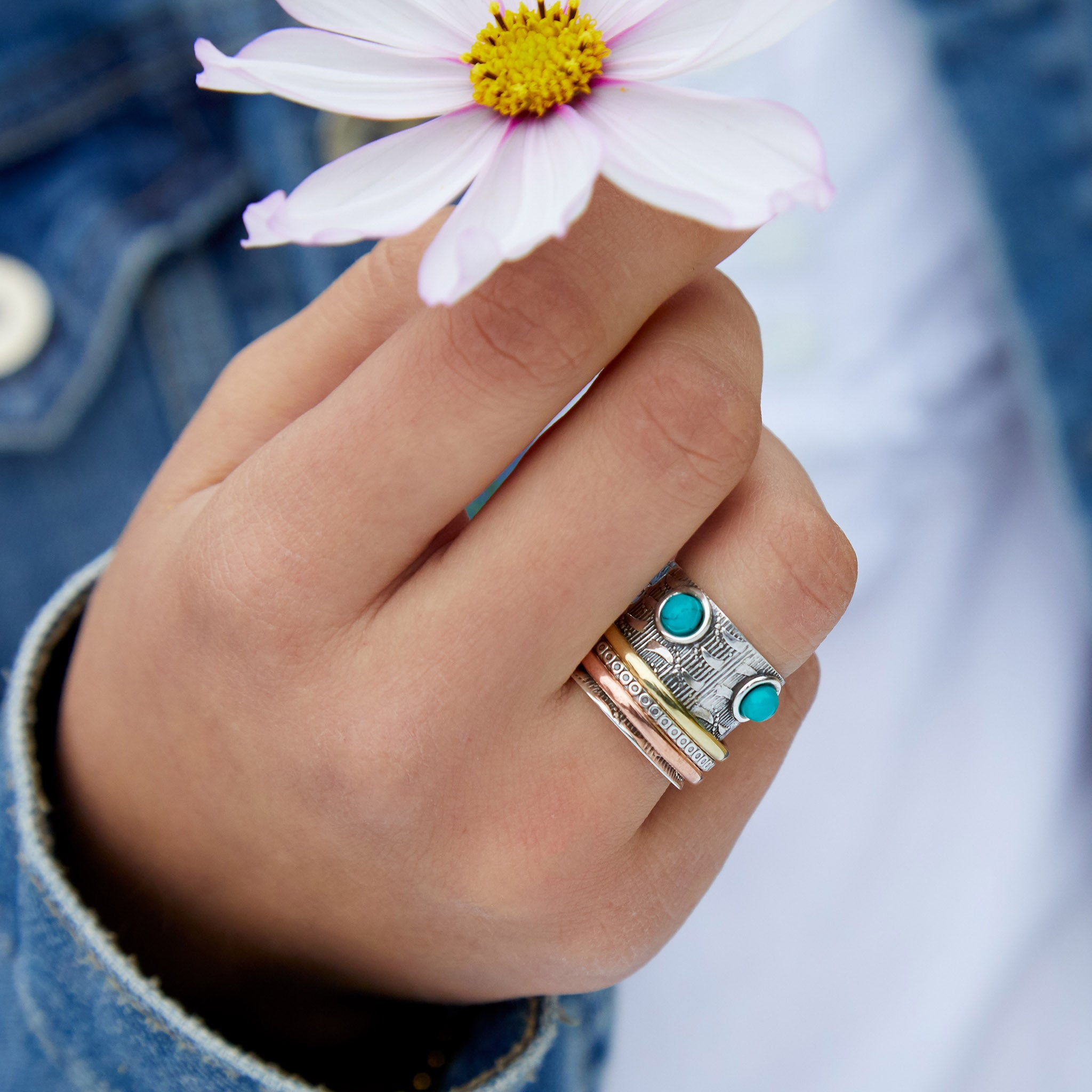 Crown Turning Ring in Silver with Turquoise
