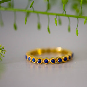Whirler in Gold with Lapiz Lazuli
