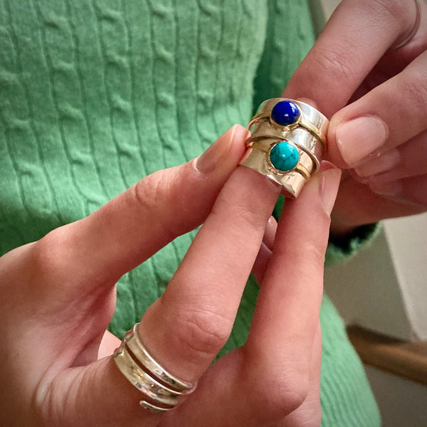 Aladdin Ring in Silver with Lapis Lazuli