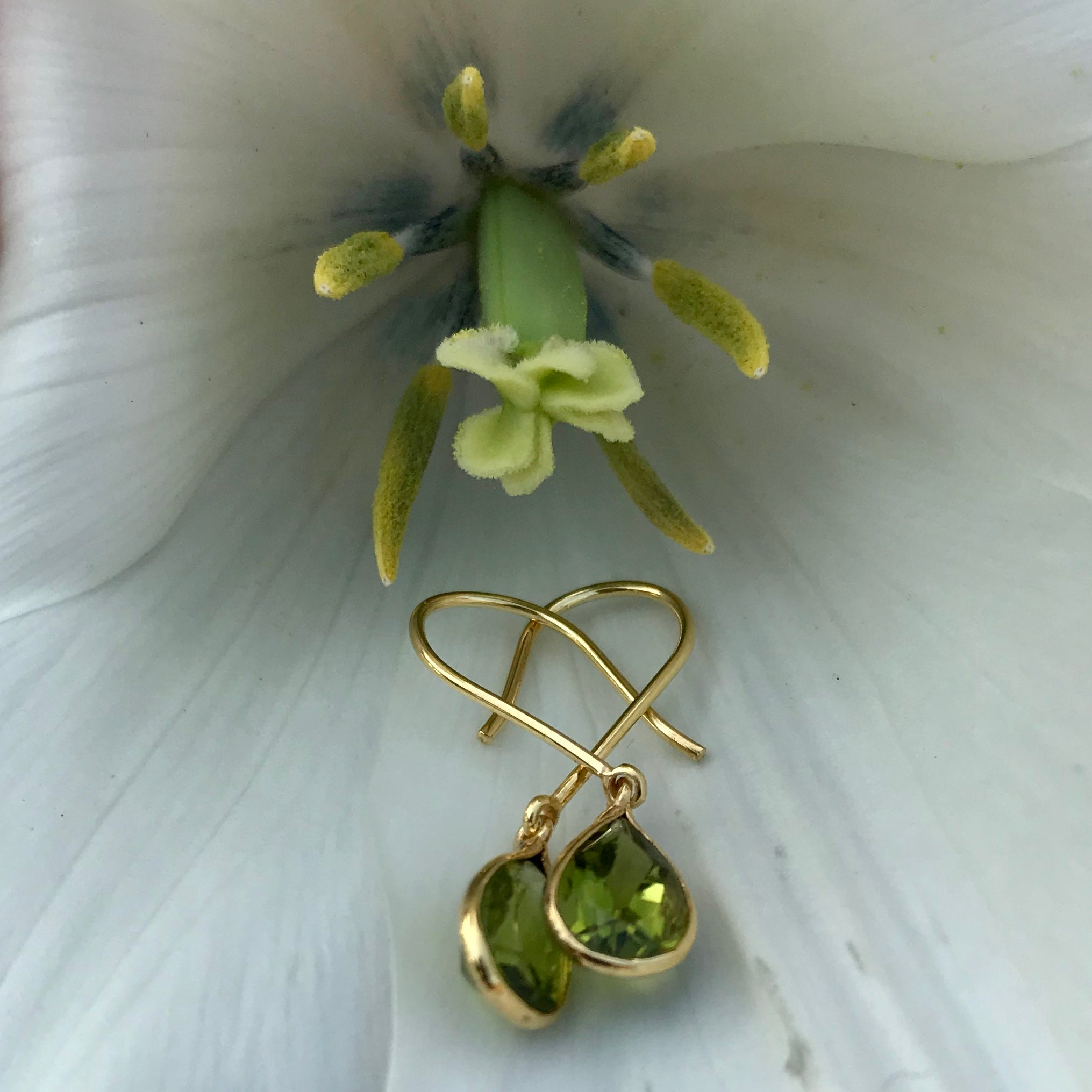 Tear Drop Earring in Gold with Peridot