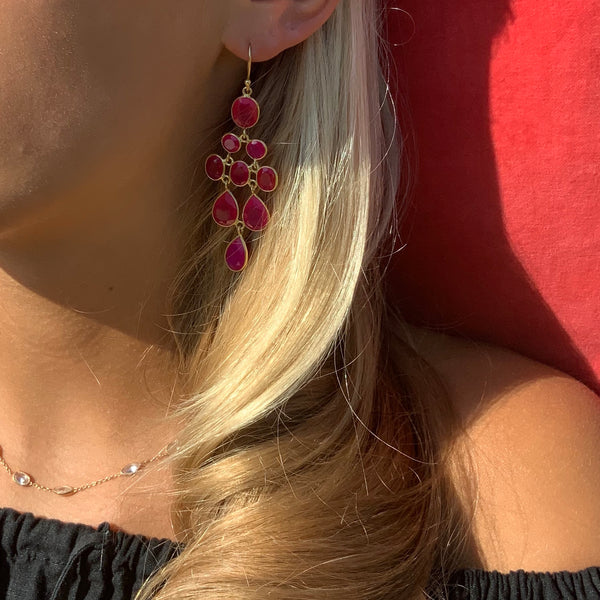 Waterfall Earring in Gold with Pink Chalcedony