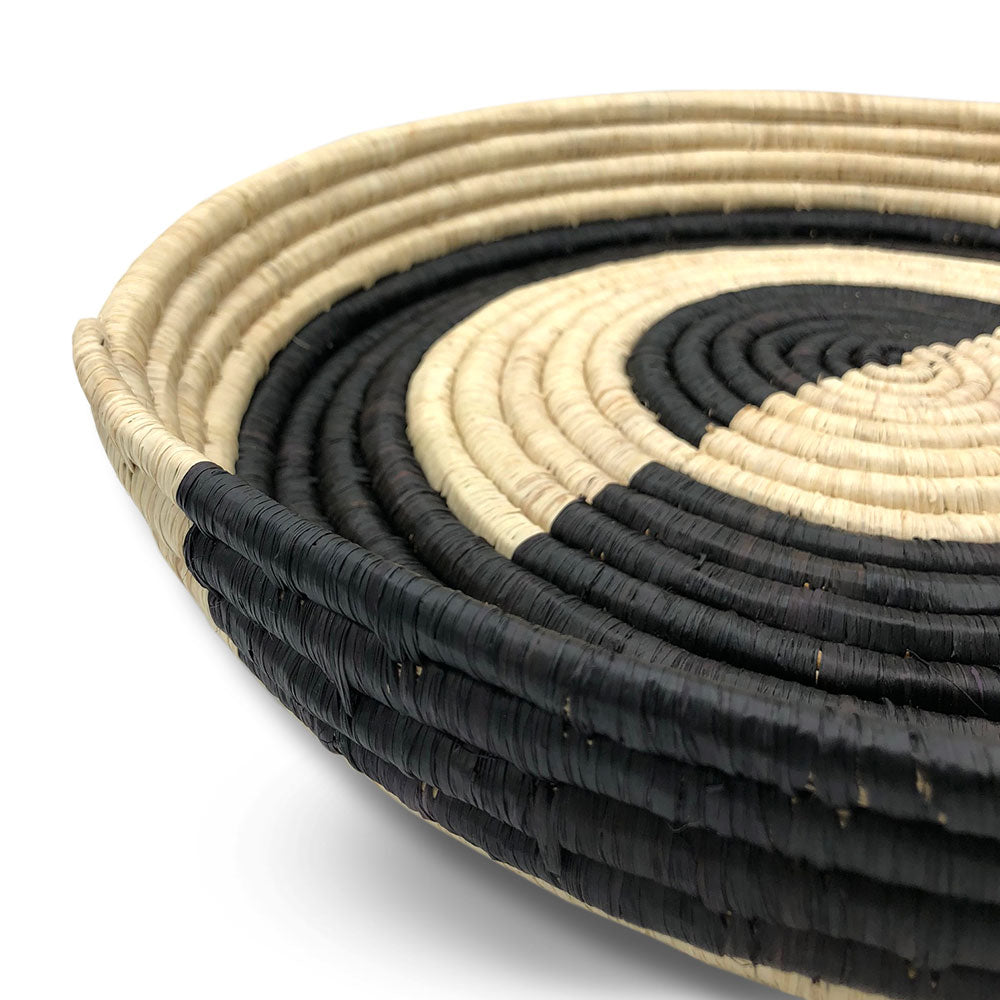Round Raffia tray - Monochrome - Clare Laughland at Home