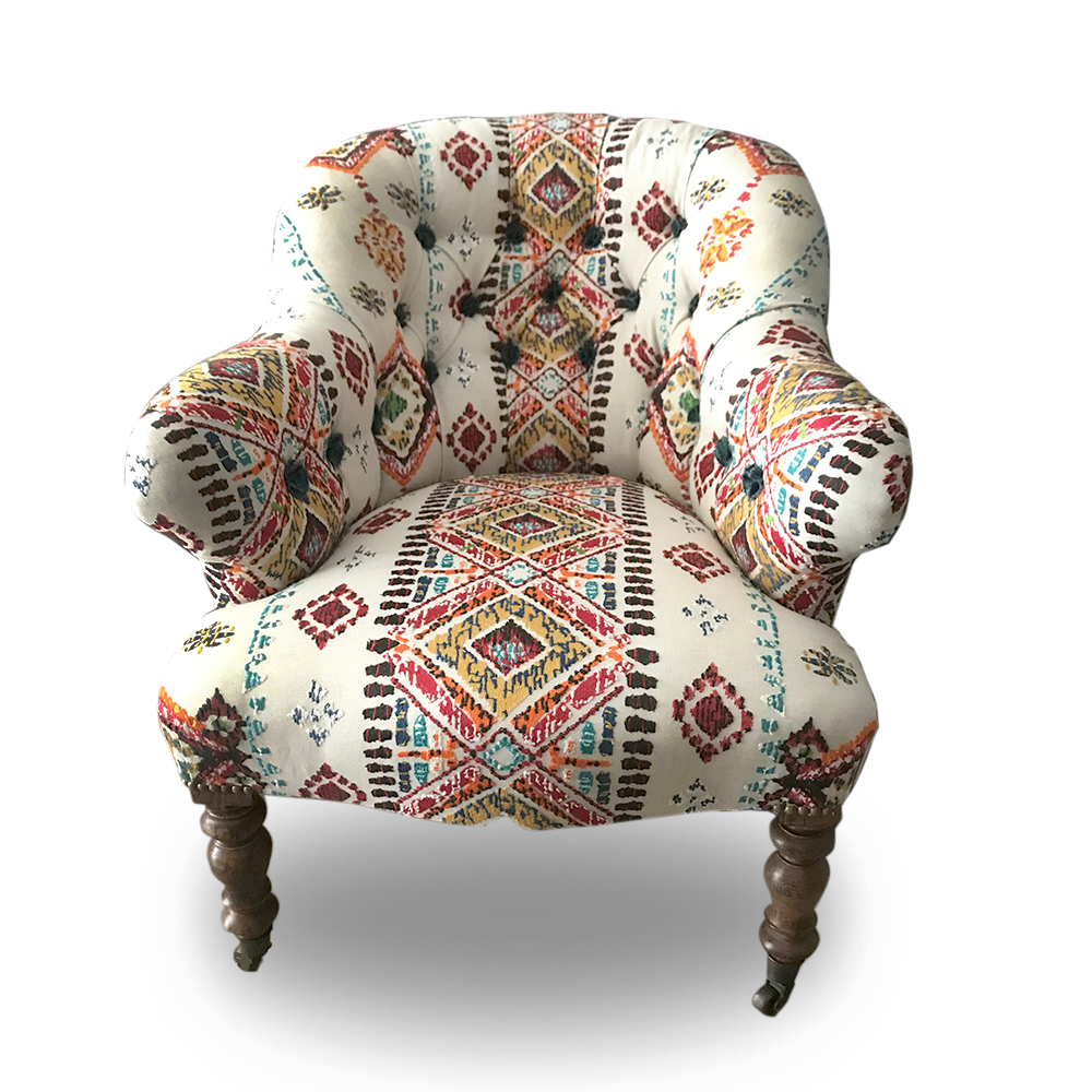 Victorian tufted tub chair in Mulberry fabric