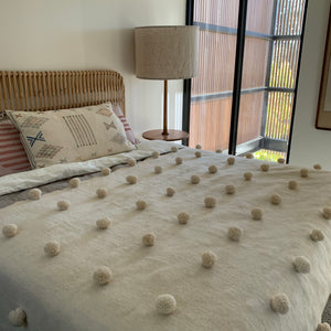 Moroccan Pompom Throw Natural