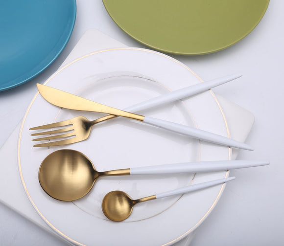Gold and White Cutlery Set - Miintpanda
